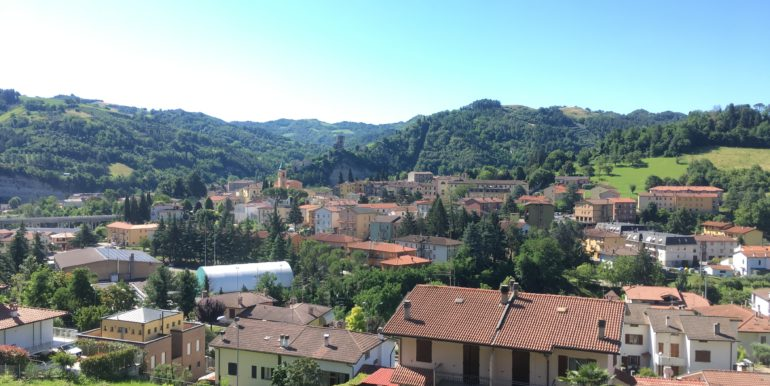 Bilocale panoramico a Modigliana-Casone