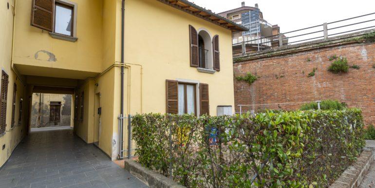Bilocale ristrutturato con giardino a Modigliana