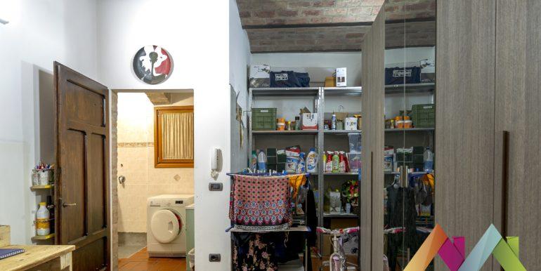 Indipendente, ristrutturata e spazi interni molto interessanti